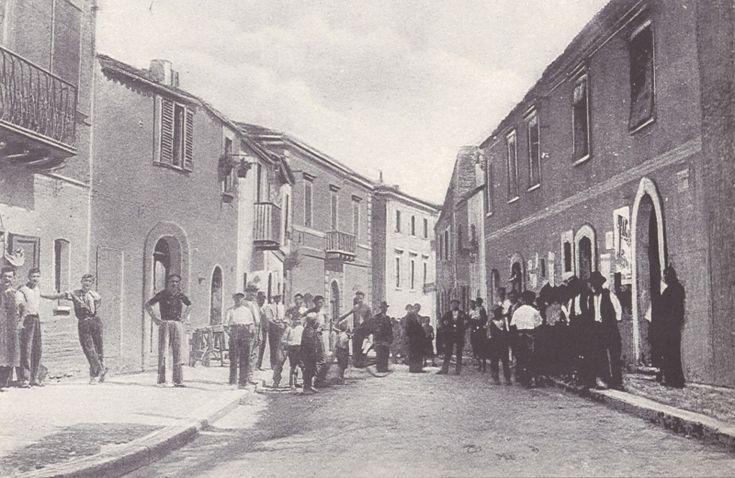 Uno squarcio della San Salvo antica Com'era Corso Umberto I nei primi anni del '900