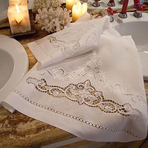 Pretty Lace Hand Towels | ASCIUGAMANI BURANO