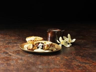 10 Steps to Making Traditional Christmas Mince Pies: Christmas Mince Pies