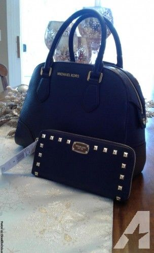 0c532be6221e  MichaelKors Hattie Bowling  Bag in Navy   Mk Studded  Wallet  Clothing -