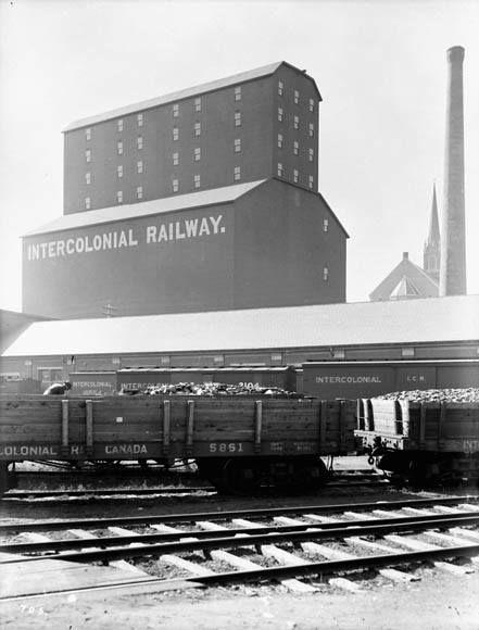 Élévateur à grains de l'Intercolonial Railway, Halifax  Source…