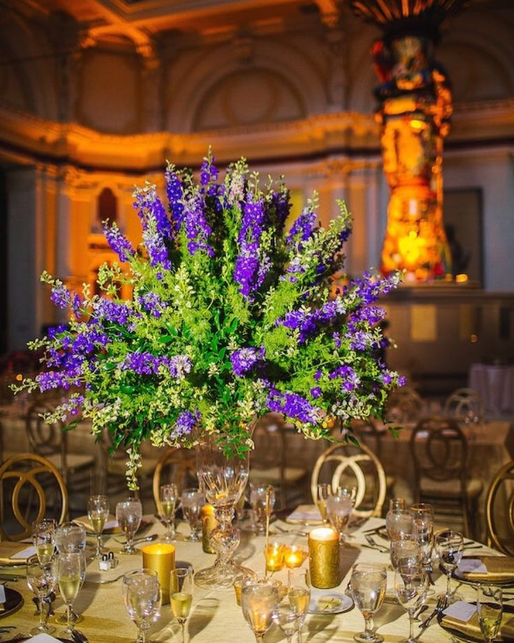 Now that's how you take your tablescaping to the next level. Click the LINK IN BIO for a beautiful wedding with an even more beautiful story behind it captured by #prettyperfectpartner @kanayo_adibe .  .  Videography: @cinemaxxi   Ceremony & Reception Venue: @pleasetouchmuseum at Memorial Hall   Florals: @lamsbackfloraldecorators   Wedding Cake: @isgro_pastries   Hair: Symmetry Unisex Hair Studio  Makeup: @glam_qui   Catering: @brulee_catering   Wedding Dress:  @verawanggang, @carinesbridal