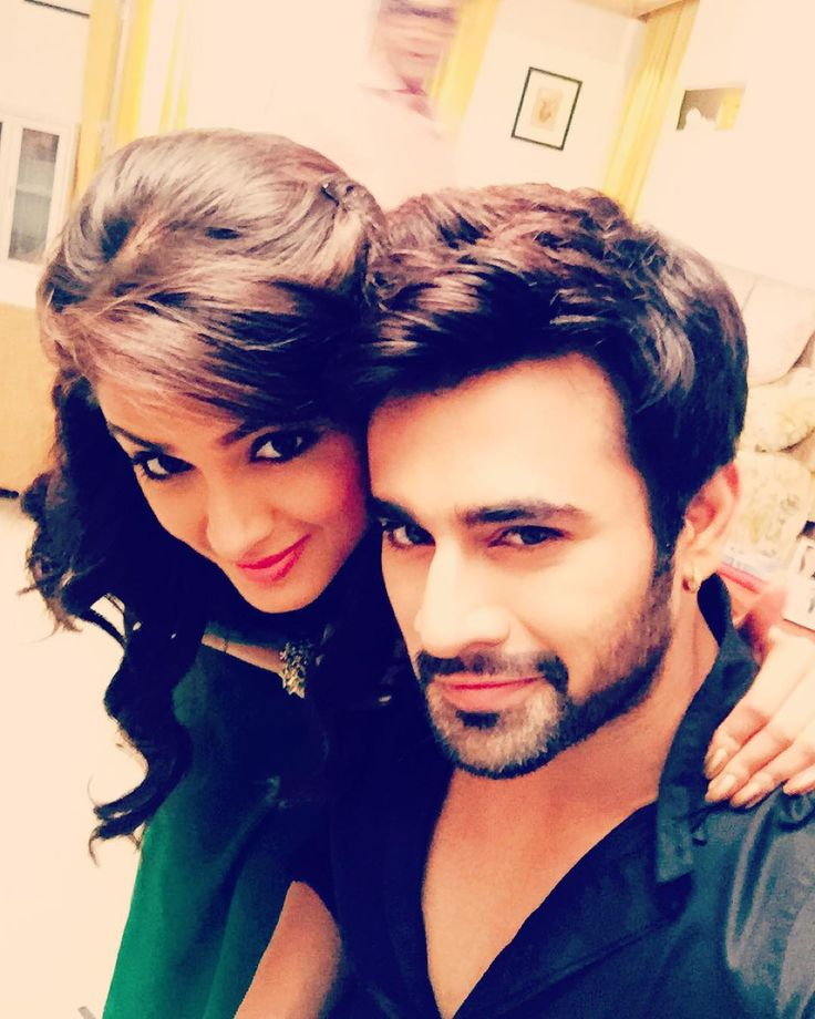 "pearlvpuri: ""There's a sensual treat for all #mehbeer lovers coming up on #hotstar!! @asmita_s @hotstar @starplus"""