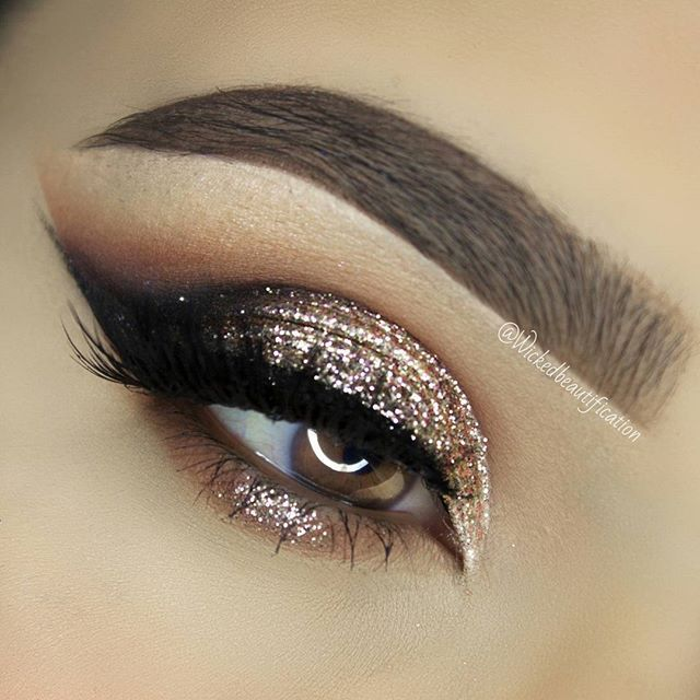 Glittery bronze eye makeup ✨                                                                                                                                                                                 More