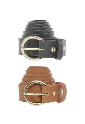 Kit Cinto FiveBlu Liso Caramelo/Preto, composto por 2 peças em acabamento fosco, um passante e fechamento por fivela de ajuste.Largura: 105cm/ Altura: 3cm