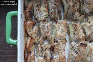 Kurczak pieczony z jabłkami i cebulą | Smak na Wspak