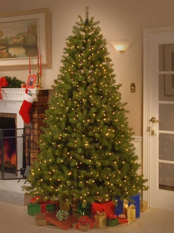 15 Artificial Christmas Trees That Look Like The Real Deal Types