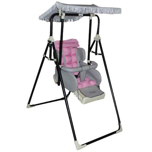 www.bebekdunyasi.com.tr Nokta Bebe 602 Lüx Salıncak 5 noktalı ayarlanabilir emniyet kemeri Bebeğin düşmesini ve kaymasını engelleyen ön bar 3 kademeli ayarlanabilen sırt dayanağı Ayarlanabilir ve çıkarılabilir tente Ekstra dolgulu ponpon yatak Kolay katlanabilme özelliği Kolayca çıkarılap yıkanabilen kumaş