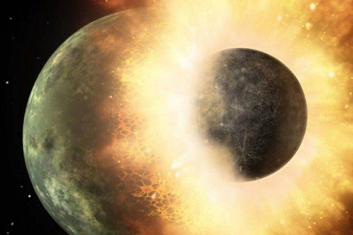 Por qué son dados los rasgos inusuales de la Luna?