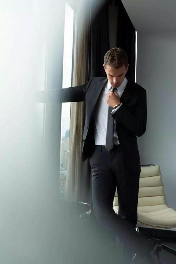 Hugo Boss' ambassador Theo James talks scents | TODAYonline http://m.todayonline.com/lifestyle/beauty/hugo-boss-ambassador-theo-james-talks-scents…