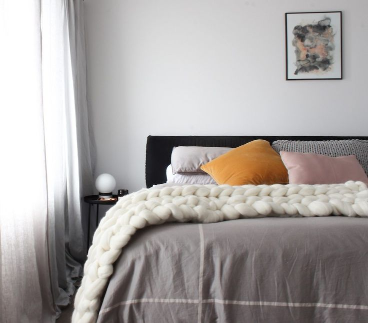 We are slightly obsessed with chunky knits!!! They make the most beautiful addition to any bedroom, more like a piece of artwork than a common throw for your bed. Check out our range in the shop section @ www.rawluxeinteriors.com.au #chunkyknit, #bedroominspo