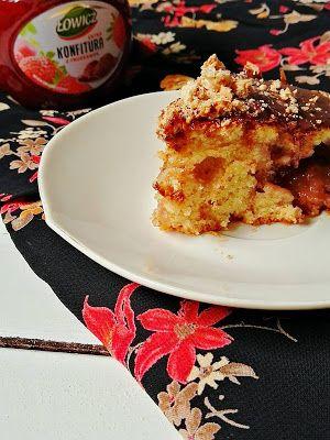 Rhubarb Baby: Ciasto Amaretti z truskawkową konfiturą