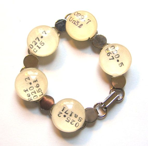 This charm bracelet shows the world you're well read, and you take libraries seriously! Each Dewey number used in this bracelet relates to libraries, librarians, or library sciences! (In the Dewey Decimal system, that means the 020's) Perfect gift for librarians, MLIS students, researchers, and lovers of books. Made from real vintage library catalog cards, which will be included so you can see what books you are wearing.