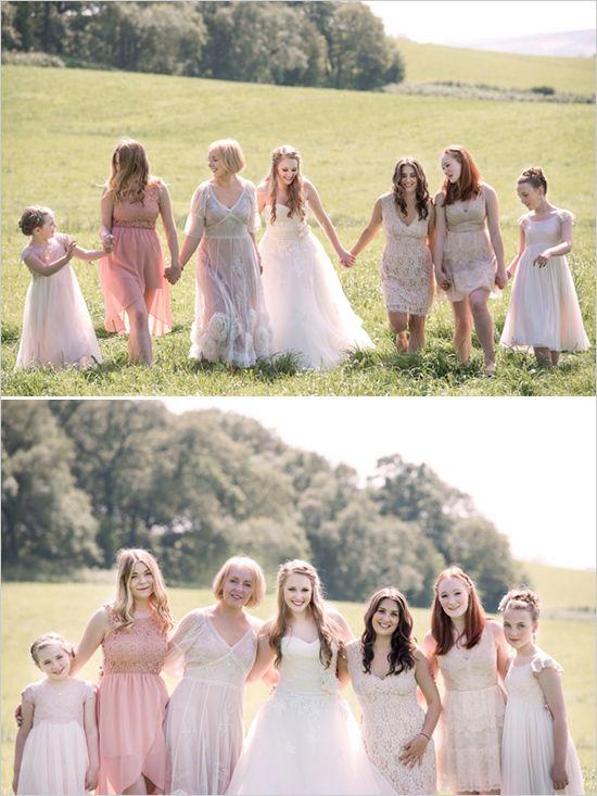 Tú y tus damas de honor. http://www.weddingchicks.com/2014/05/15/create-a-darling-wedding-for-under-5k/