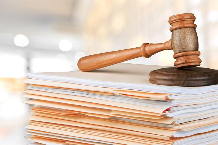 Bei der Nachfolgeregelung gehört der Kaufvertrag als zentrales Element dazu. Diese 9 Vertragspunkte sollten auf jeden Fall mitaufgenommen werden. Weiterlessen: http://goo.gl/O1GJ76
