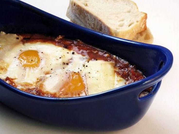 Cinnamon-Spiced-Baked-Eggs1