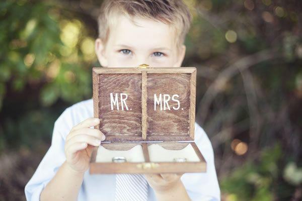 Caja de madera para las alianzas de boda - Guía de MANUALIDADES