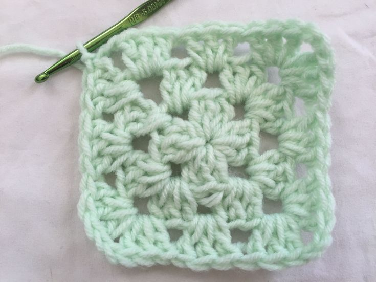 Knitting Granny Squares For Beginners : Best knitting crochet projects patterns and yarn