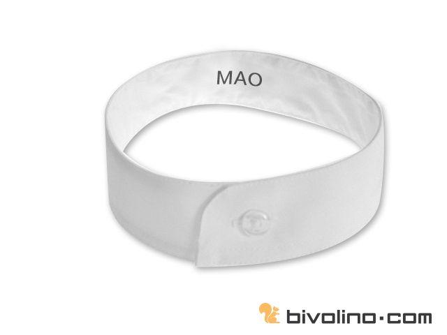 Mao boord. De Mao boord of Mao kraag is minimalistisch en oosters geïnspireerd. Zeer bekend, de kraagvoet is recht en smal met een ronding in het midden op de plaats van de opening. Hij kan gekoppeld worden aan een band boord als het lang geleden gebruikt was in de filosofie van afneembare boorden. De Mao boord of mao kraag wordt vooral gedragen door de liefhebbers van de éénvoudige en pure stijl.