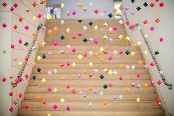 La Guirlande Origami Est Une D Co Chouette Pour Vos Int Rieurs Origami Deco And Decoration