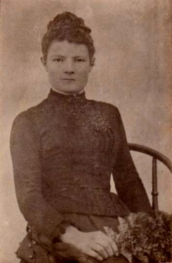 Lottie, Charlotte Bayliss 1872, married Bill Stockdale, mother of Cecil Stockdale.