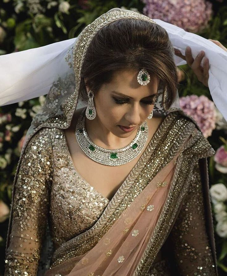 "WeddingSutra.com on Instagram: ""Lehenga and jewellery goals. We are loving the elegance of Jamina's blush lehenga with a dazzling gold choli"