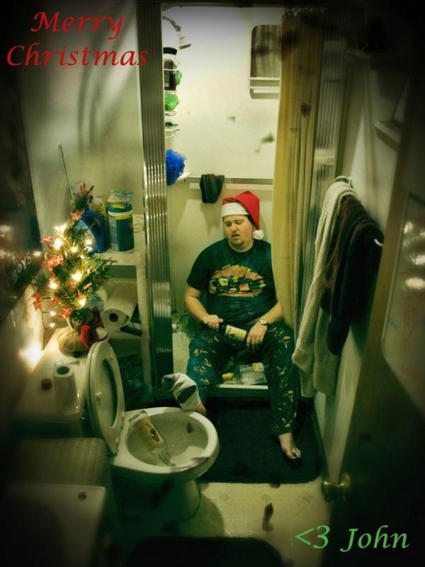 Begini Jadinya Kalau Kartu Ucapan Natal Dibuat sama Orang Mabuk! - http://wp.me/p70qx9-7iV