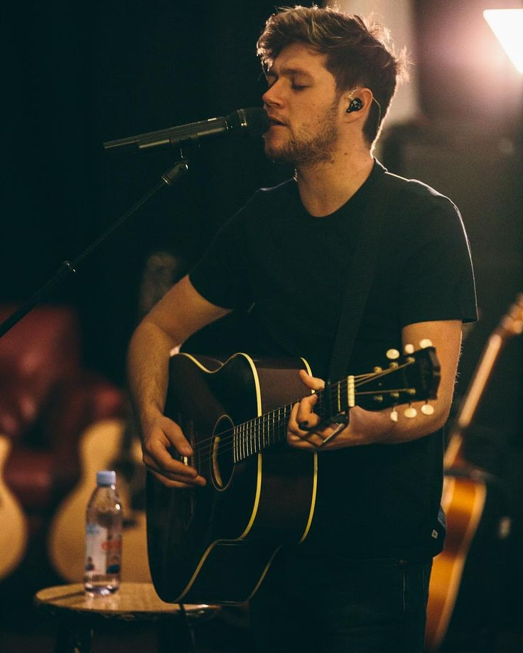 Niall posted this on Instagram