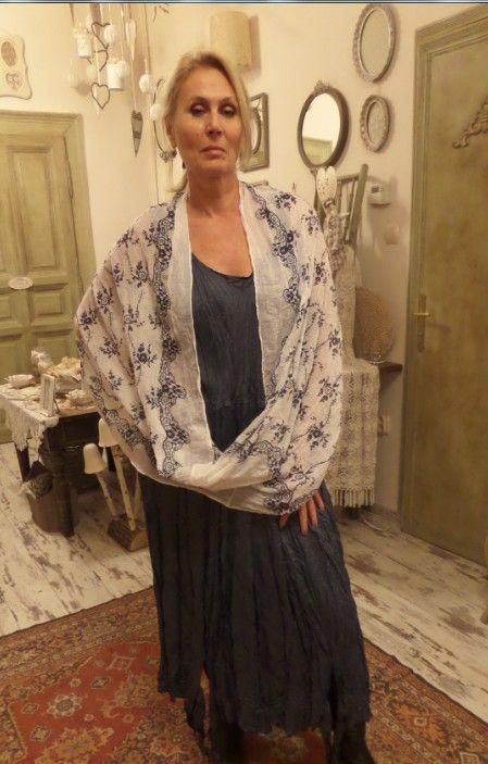 Üzlet: HOME BAZAAR- len és tervezői ruhák Budapest, VII.kerület, Kazinczy utca 6/a. 1-escsengő https://www.facebook.com/Lenruha  Online rendelés IS!