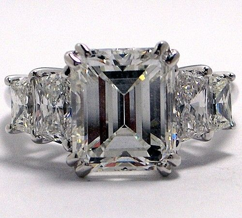 Images of Three Stone Engagement Ring Emeralds