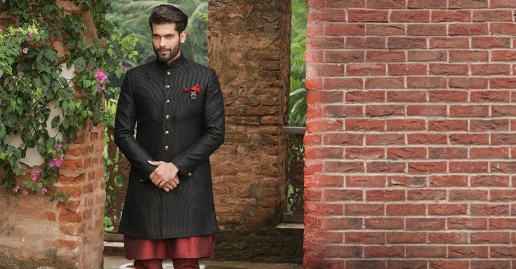 11 New Groomwear Trends For 2018 Weddings. An all-you-need compilation of contemporary #CelebrationWear. #MoheyWedsManyavar