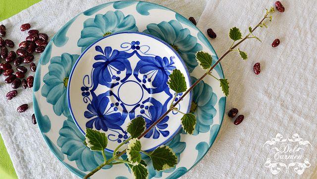 vajilla-carmen-de-viboral- artesanias de Colombia by Del Carmen decor, via Flickr