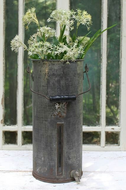 Galvanized tall bucket for flowers collectibles and for Large galvanized buckets for flowers