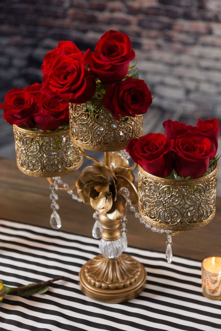 This antique gold 3 pillar candle holder from Amalfi Decor is stunning! Perfect for wedding decor, event decor and home decor. Check out this idea of a black and white striped theme.