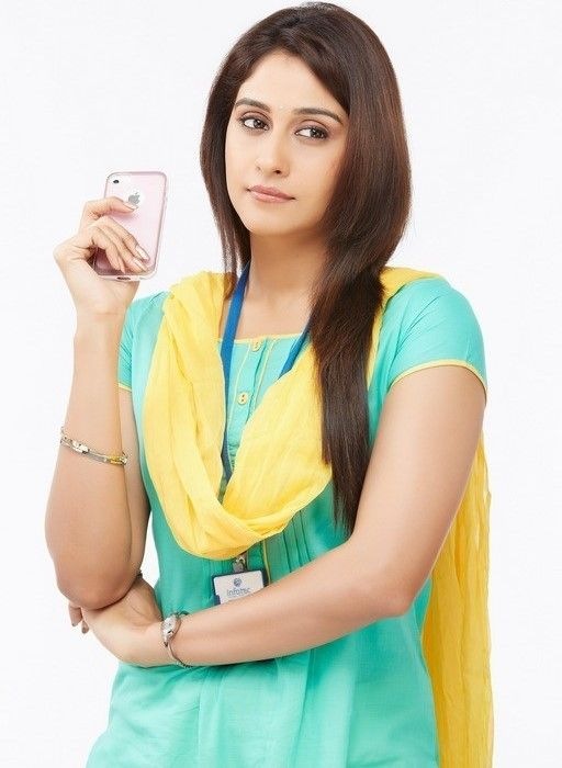 Regina Cassandra Latest Long Hair Stills In Green Dress