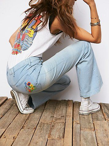 Vintage 1970s Flared Jeans | In a light wash, these ... Vintage Bohemian Style Clothing