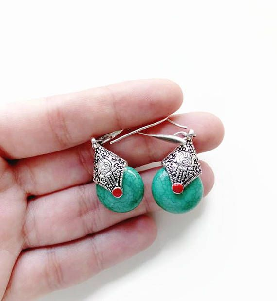 Aztec Earrings Antique Silver Jewelry For Women. Vintage #BohemianSummerTales #Aztecearrings #ethnicsilverearrings #antiquesilverearrings