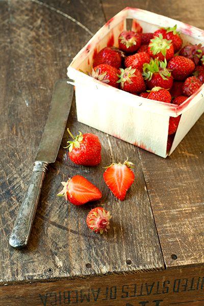 I LOVE strawberries: Vida Mi Stuff, Strawberries Summer, Strawberries Frai Photo, Secret Food, Farmers Marketing, Town Farmers, Strawberries Fields, Food Pics, Passion Strawberries