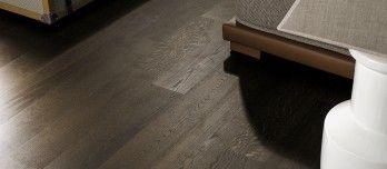 El parqué de madera natural noble de la colección Tortona, cálido y resistente y con precio competitivo, puede instalarse en suelos con calefacción radiante