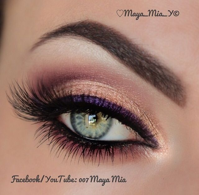how to make eyeliner stay on your bottom lid