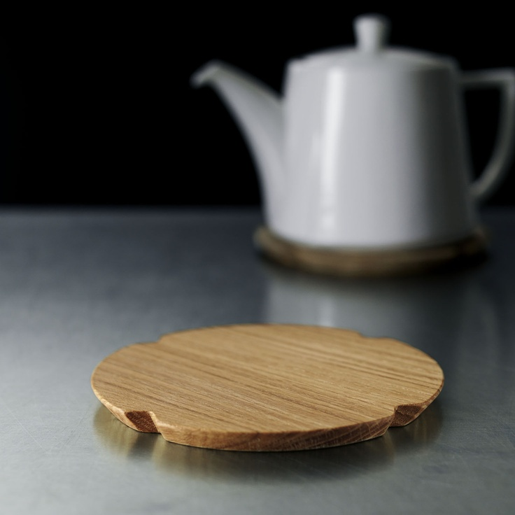 {oak Grand Cru Trivet} by Rosendahl Design Team. modern + functional