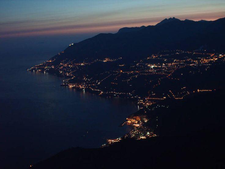 Alcuni scatti fotografici ripresi dal Monte Avvocata sui Monti Lattari, con vista su Maiori e un pezzo di Costiera Amalfitana.