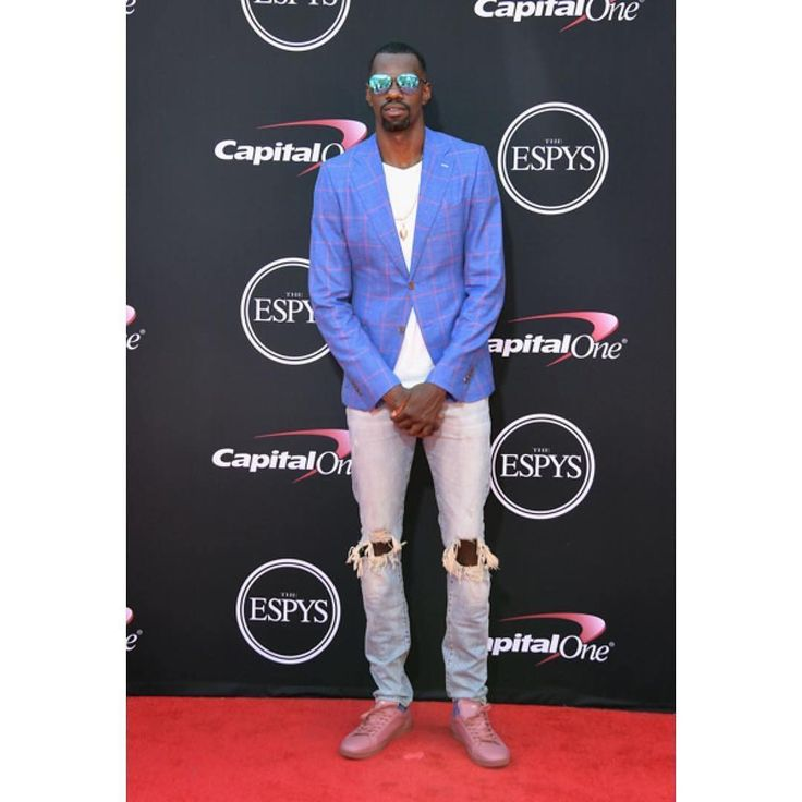 dewayne dedmon in classic ripped skinny jean ii at the espys //  [ styled by eric white ]