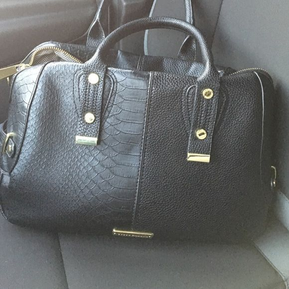 Steve Madden purse Perfect condition. Used for a few weeks. Smoke free home! Steve Madden Bags Satchels