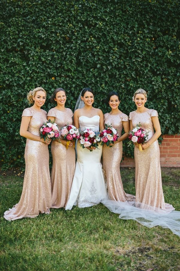 Bridesmaids in gold sequined dresses|Old Fashioned Gold Glamour| Gold, Cream, Pink & Maroon Wedding in Australia|Photographer: Keepsake Photography