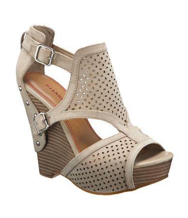 !: Shoes Boots Sandals, Fashion, Cassie Sandals, Style, Bini Cassie, Closet, Gianni Bini