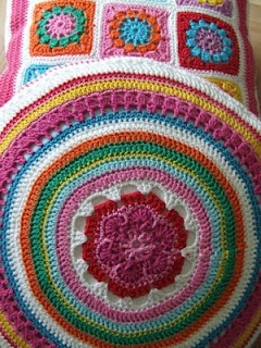Inspiration photo for round pillow.
