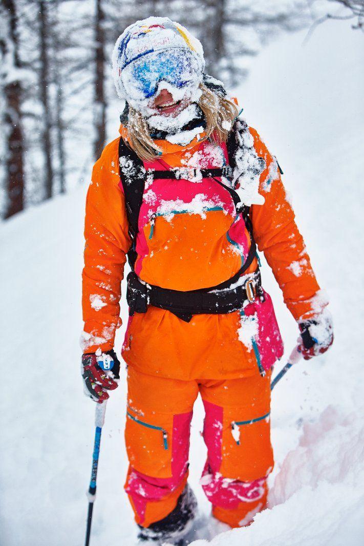 Matilda Rapaport in Women's Peak Performance Heli 2L Vertical Jacket