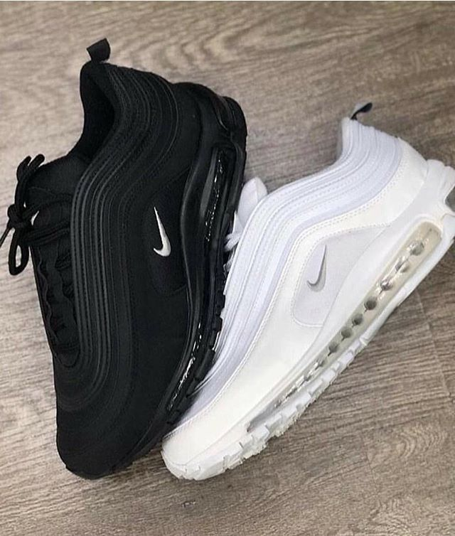 Black or White? in 2019 | Black nike shoes, Nike shoes, Shoes