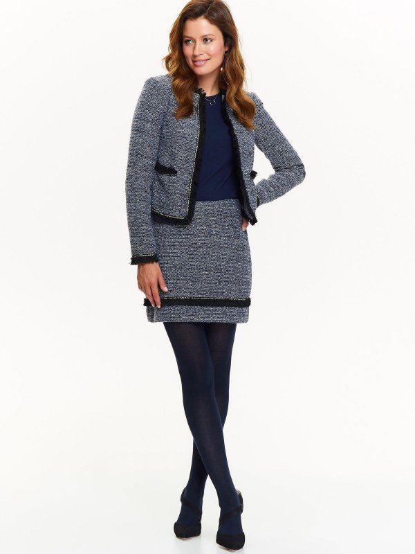 Spódnica damska niebieska  - mini spódniczka - TOP SECRET. SSD1150 Świetna jakość, rewelacyjna cena, modny krój. Idealnie podkreśli atuty Twojej figury. Obejrzyj też inne spódnice tej marki.